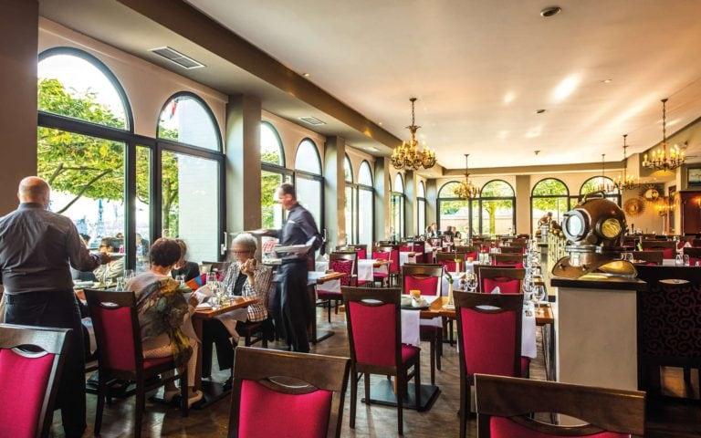 restaurant port c hotel hafen hamburg.2560x1600